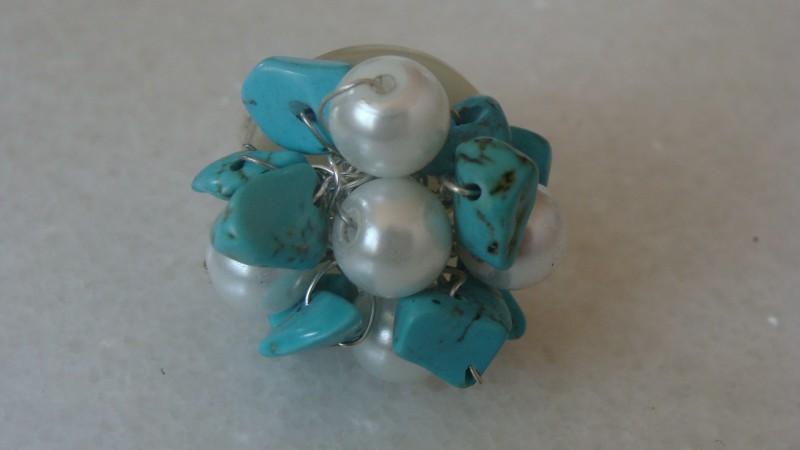 Inel reglabil cu perle de sticla si turcoaz