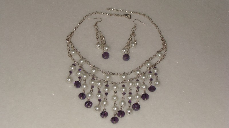 Set elegant colier si cercei perle de sticla si cristale fatenate