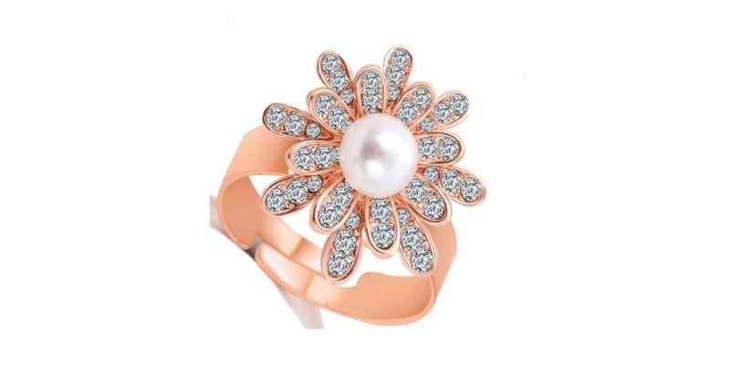 Inel floare cristale si perle placat aur 18k