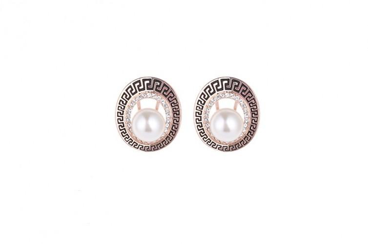 Cercei cu perle si cristale placati aur 18k